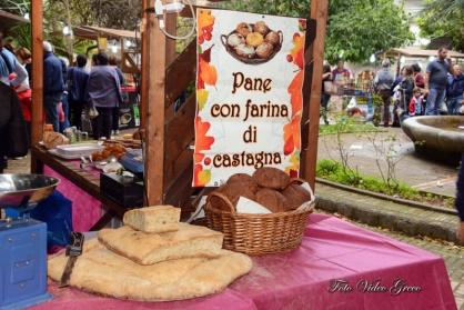 stand prodotti fatti con le castagne a Trecchina