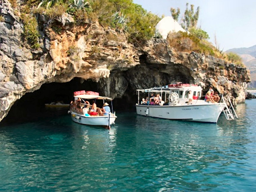 Visista Grotte Isola Dino