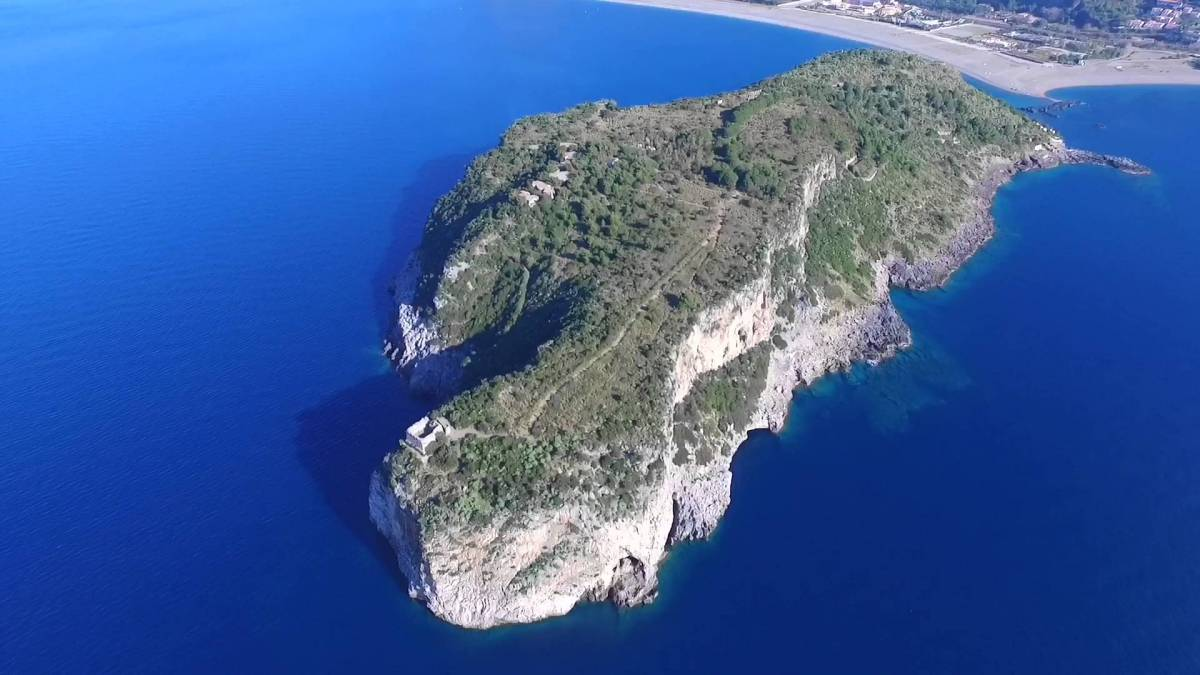 Panorama aereo Isola Dino