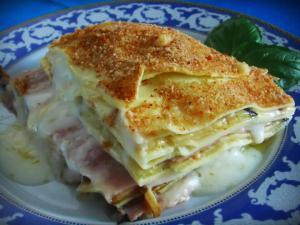 Piatto Primo Pasta Sfoglia Prosciutto Cotto Melanzane Mozzarella